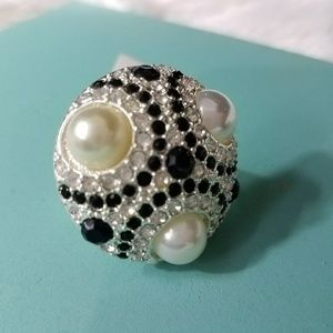 NEW WOMENS WHBM PERAL STONES SZ 7 RING